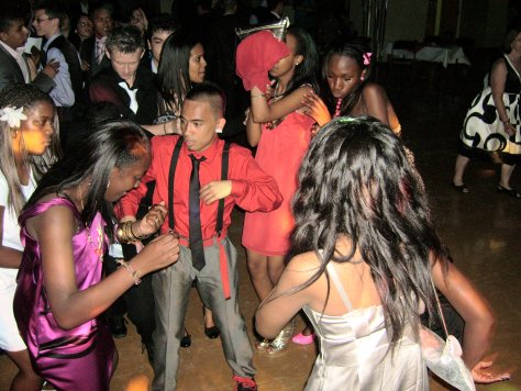teens-prom-ball-disco.jpg