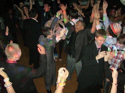 teens-prom-disco