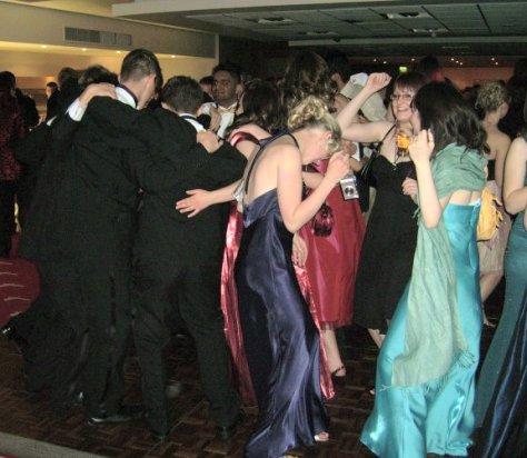 a-school-prom-disco