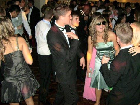 charltom-prom