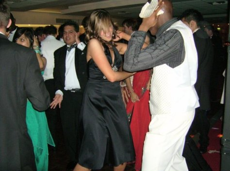 prom-night-dancing