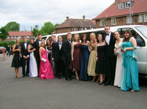 school-prom-limo